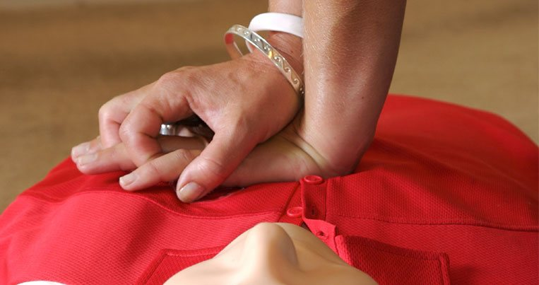 CPR Training At Simple CPR